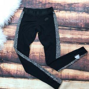 Nike Mezzo Leopard Black Legging Barre Yoga Foot